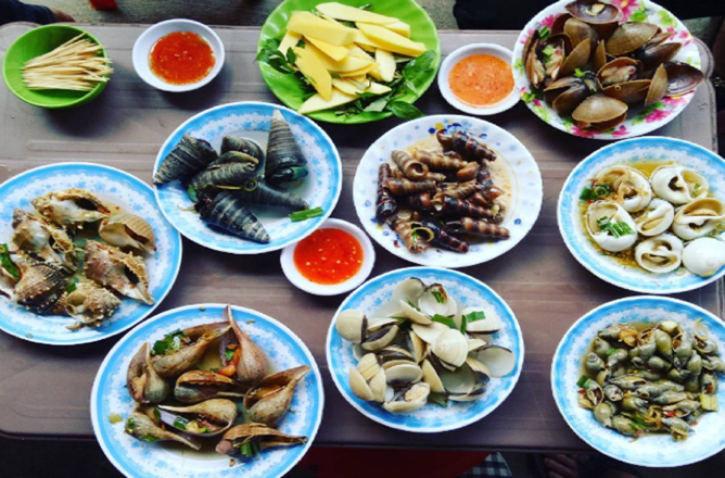 Đi du lịch Quy Nhơn oánh chén ngập mặt với những món ăn dưới 100k