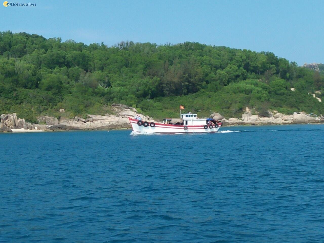 Bến tàu đi Cù Lao Xanh ở đâu?
